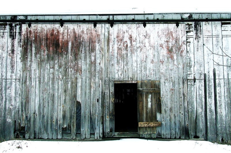 barn door in winter